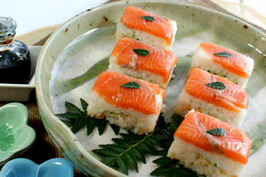 銀鮭の二段押し寿司