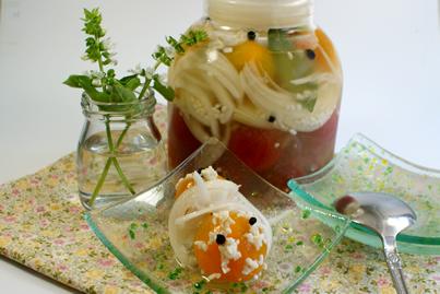 中玉トマトのピクルス